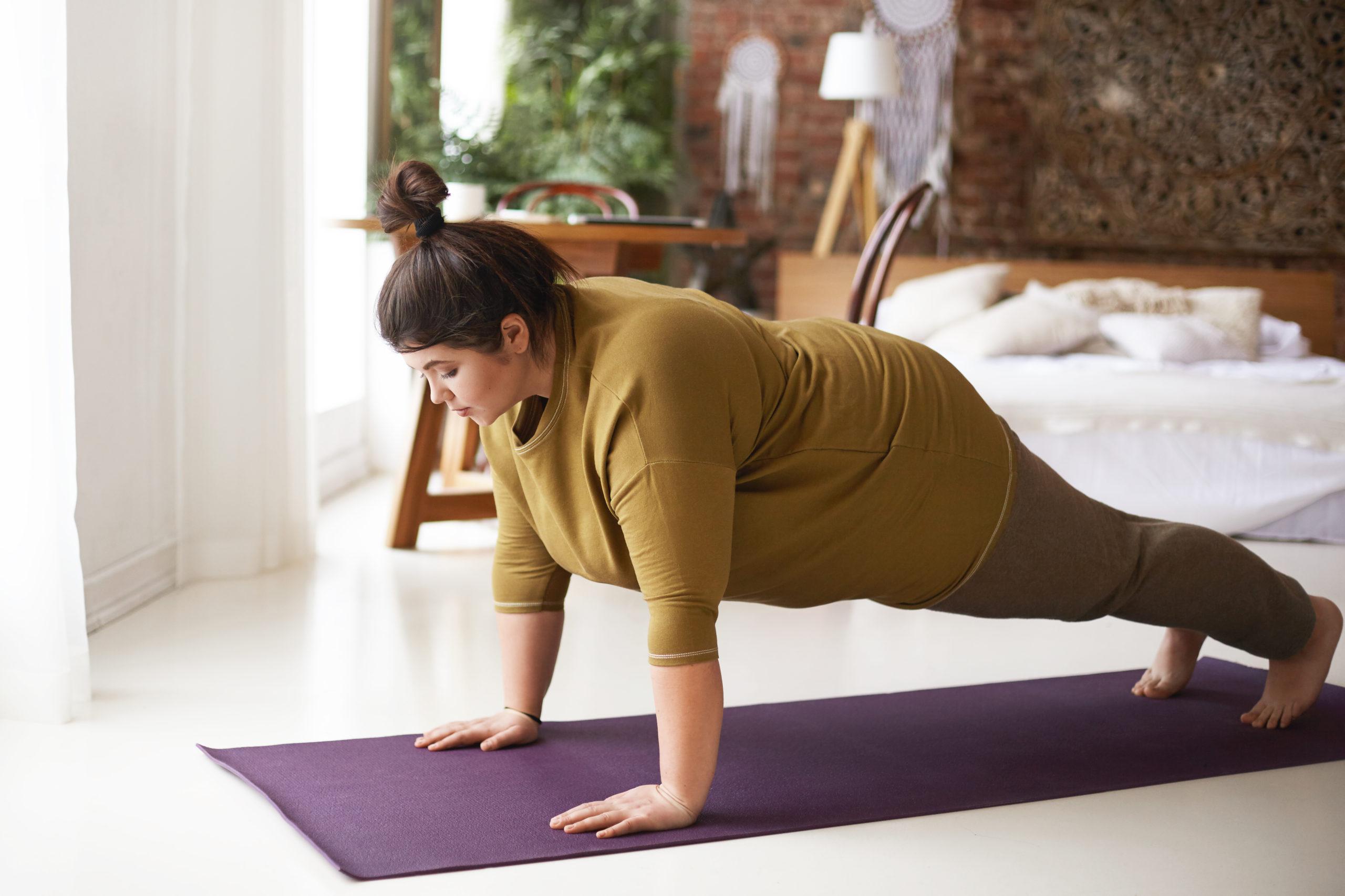 15 min. helkropstræning med hjemmelavede træningsredskaber